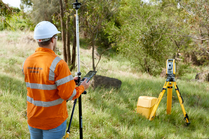men at work for Subsurface Utility Engineering
