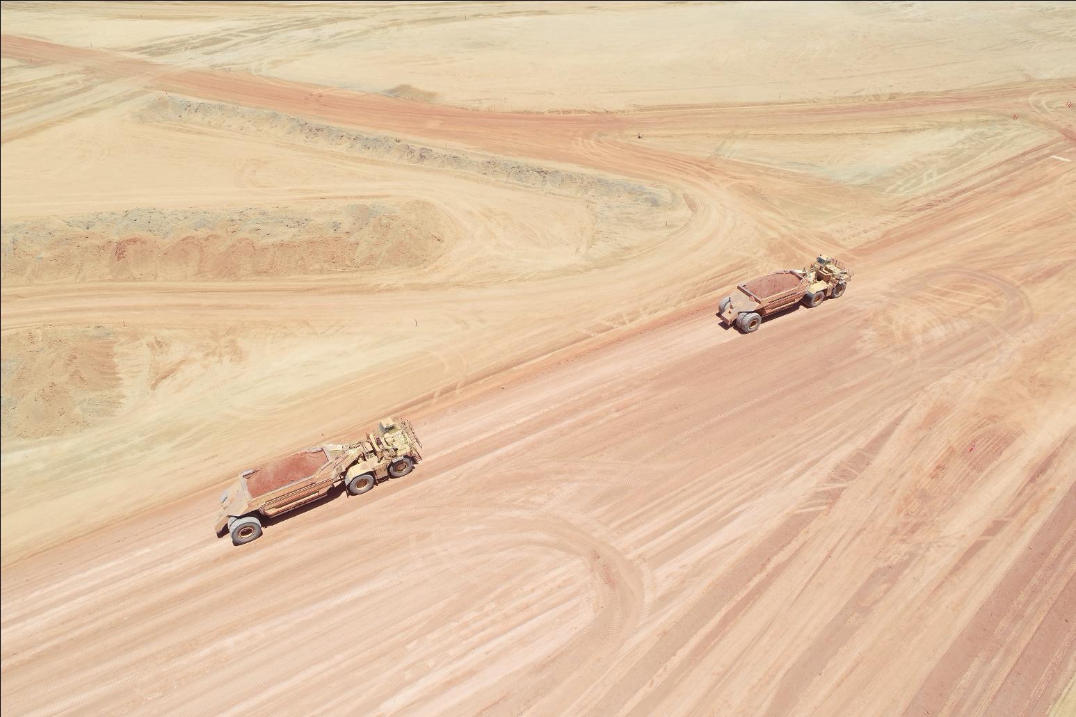 earthmoving machinery loaders